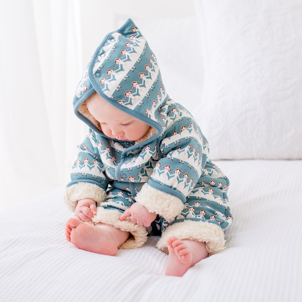 Organics – Snuggle Suit – Foxes on Blue