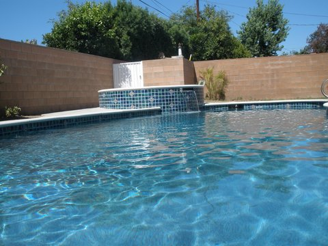 Reseda Pool Cleaning Company: How to Find the Best One?