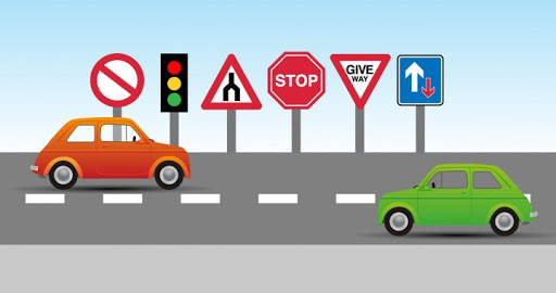 Things to consider while choosing a driving school software